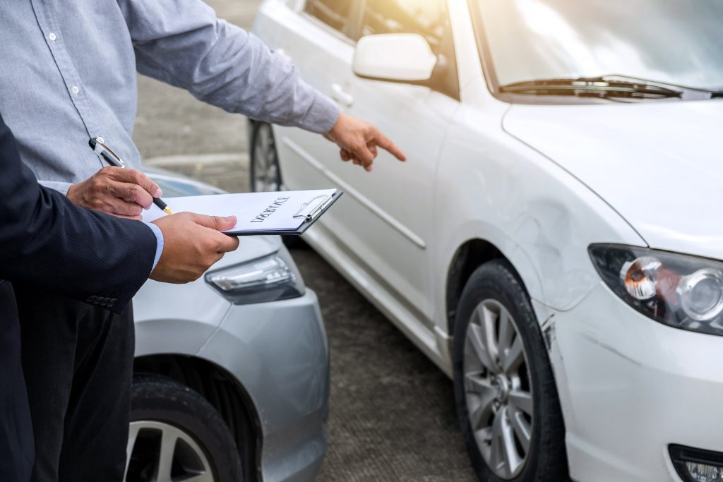 completing car accident report